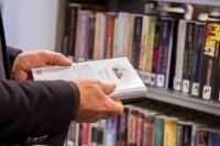 Bekijk details van Bibliotheken gaan op maandag 18 mei in aangepaste vorm open