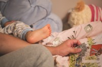 Bekijk details van Nationale Voorleesdagen | Voorlezen met babygebaren 0+